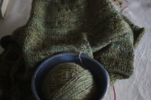 I'm loving the sleek, dense fabric this yarn is working into.